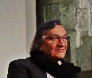 """Safet Zec lors de l'Inauguration de l'exposition """"la peinture et la vie"""" au Musée de l'Hospice Comtesse le 11 oct 2016 - Photo : Virginie Chrétien, Le Chêne parlant."""